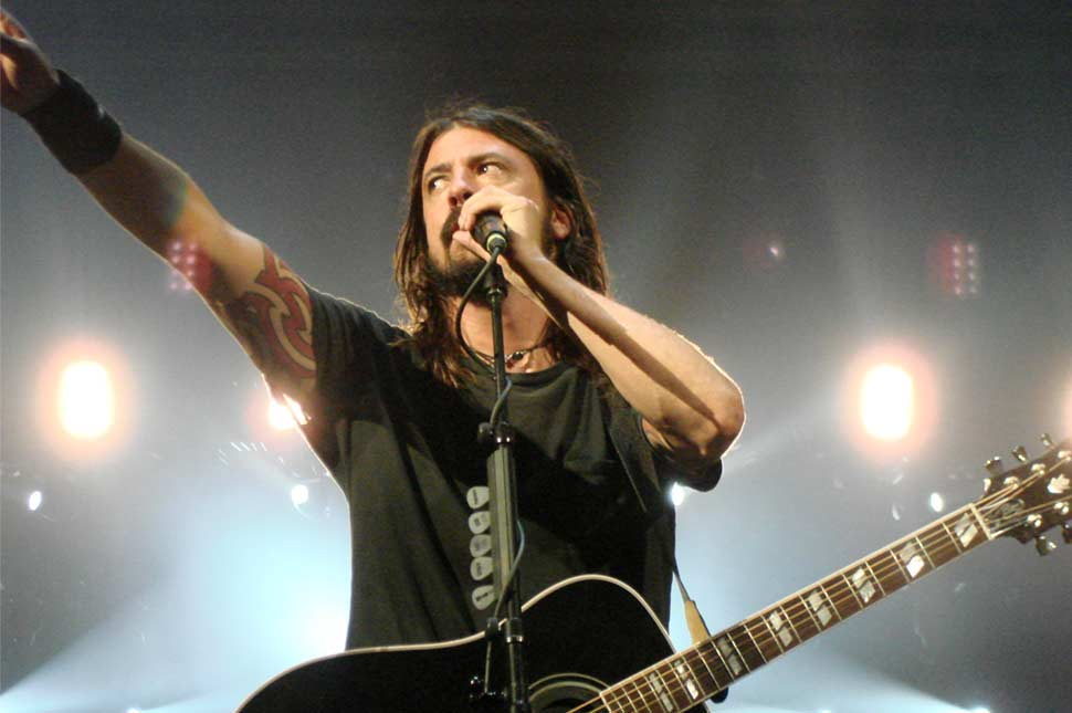 Dave Grohl does the unimaginable at Foo Fighters concert